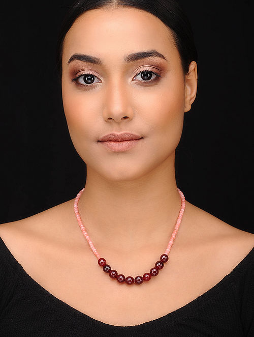 Pink Maroon Gold Tone Beaded Necklace With Onyx