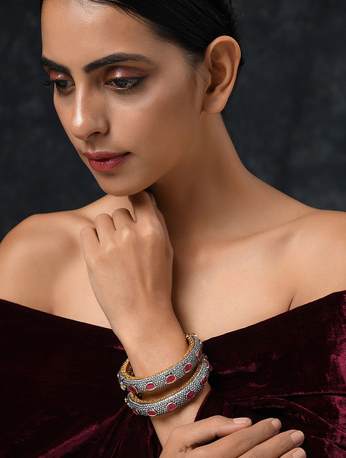 Red Dual Tone Handcrafted Bangles (Set of 2)