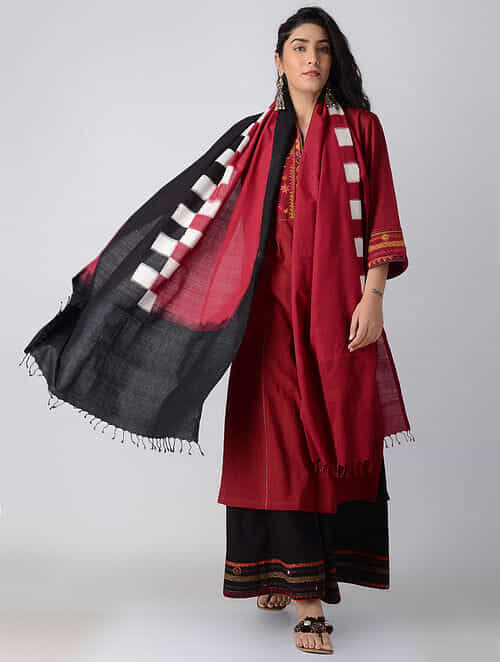 Buy Black-Red Checkered Handwoven Ikat Cotton Dupatta Online at ... 9e3585f4d