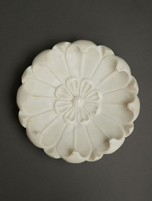 Awadh Ivory Marble Tabletop Decorative (Dia - 25cm)