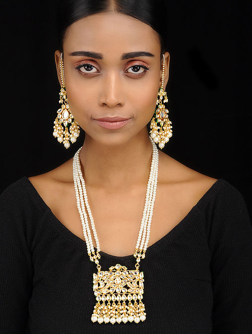 Classic Gold Tone Kundan Inspired Necklace with Earrings (Set of 2)