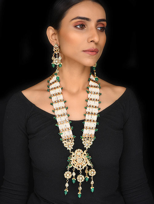 Pearl and Emerald Gold Tone Kundan Necklace with Earrings (Set of 2)