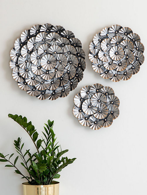 Floral Silver Steel Wall Plates (Set of 3)