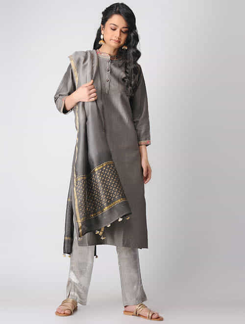 6e2ddade0f8 Buy Kashish Quilted Chanderi Kurta with Embroidered Neck and Hem ...