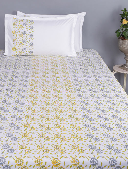 Purple-Yellow Block-printed Glace Cotton Double Bedsheet with Pillow Covers (Set of 3)