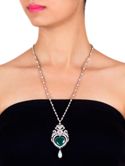 Green Onyx and Fresh Water Pearl Silver Necklace