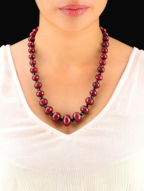 Maroon - Black Hand Beaded Necklace