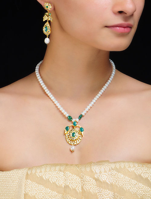 Jugni Pearl Necklace With Earrings
