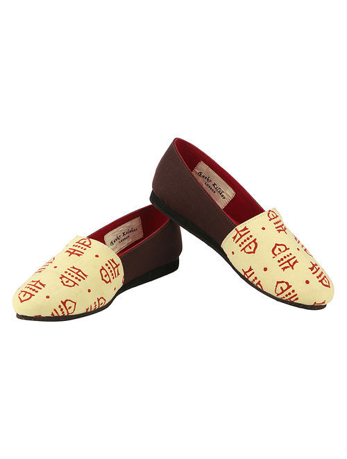 3ca34603144 Buy Beige-Cherry Handcrafted Ajrakh-Printed Cotton Loafers Online at  Jaypore.com