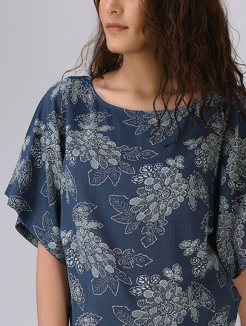 Indigo-White Block-printed Crinkled Cotton Top by Jaypore