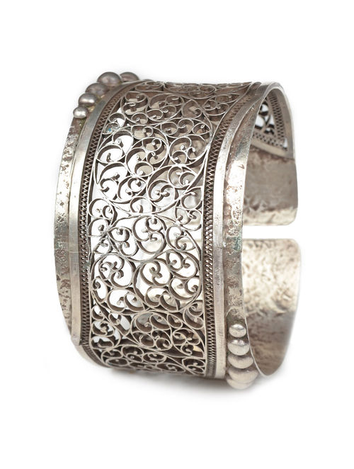 Filigree Work Silver Cuff (Ajustable)