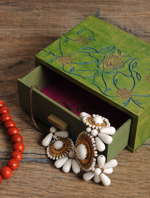 Green Jewelry box 7in x 5in x 2.7in