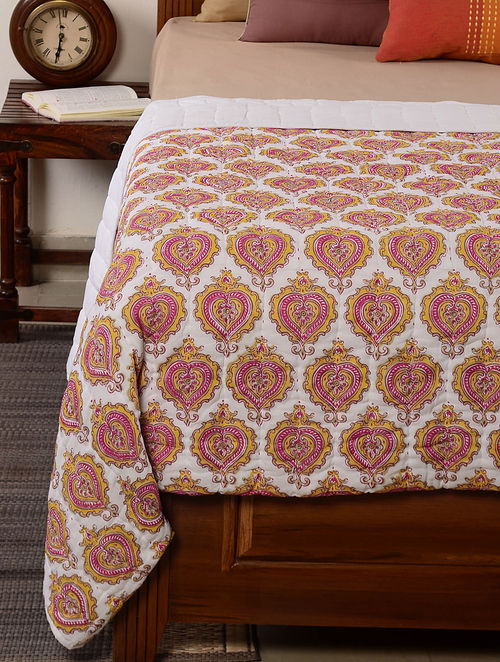Leaf-Floral White-Pink-Yellow Quilt 100in x 95in