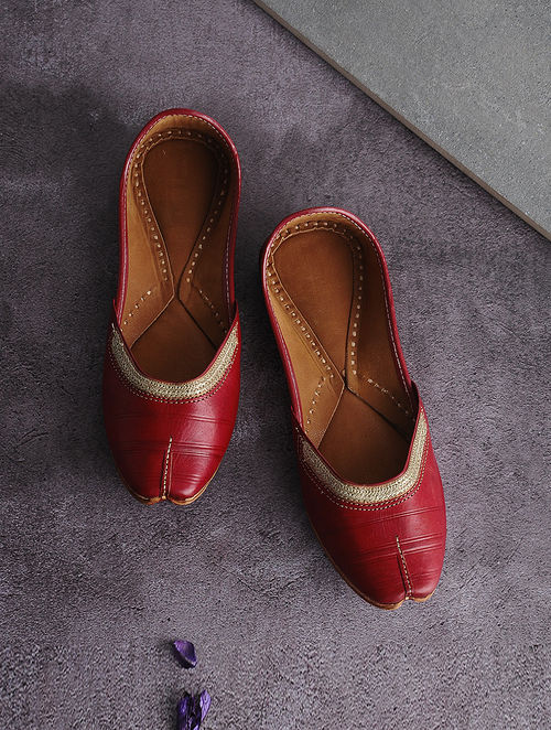 Red Handcrafted Leather Juttis with Tilla Embroidery