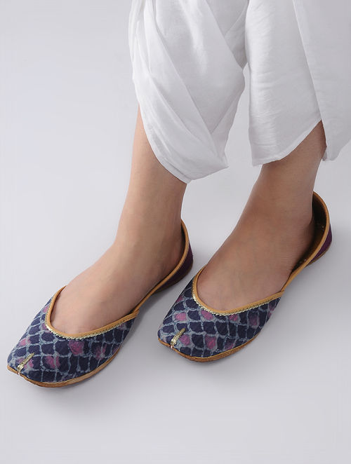 Indigo-Maroon Handcrafted Block-Printed Cotton and Leather Juttis
