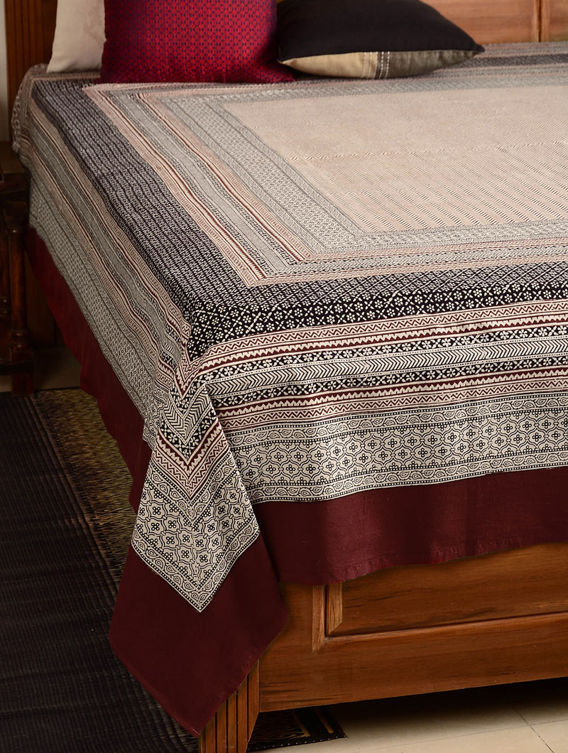 Chevron Cotton Double Bed Cover 105in x 90in