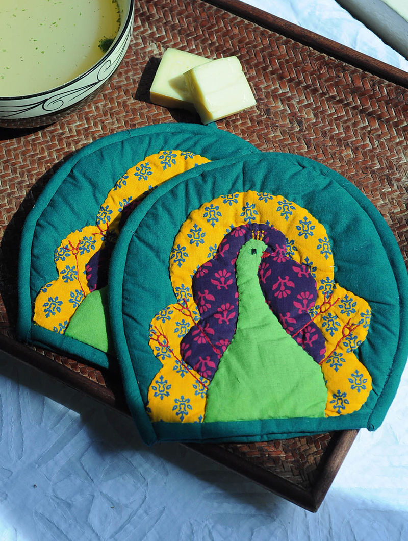 Multicolor Peacock Hot Pad-Set of 2 7.5in x  7.5in